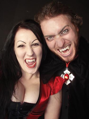 Classic Deluxe Vampier tanden-3
