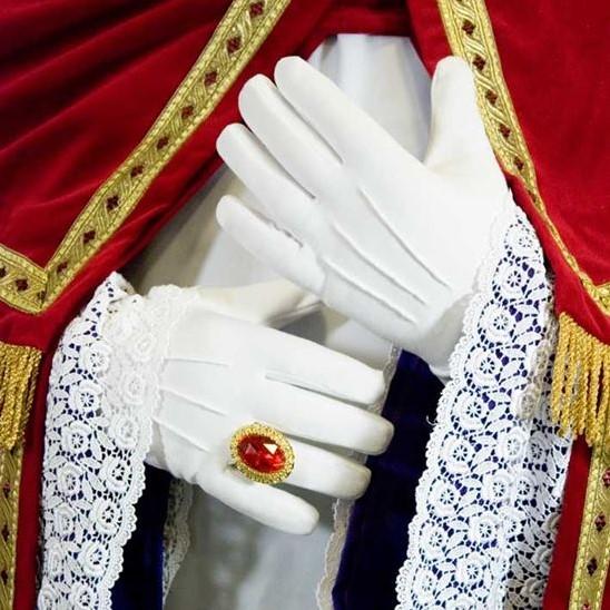 witte-handschoenen-sinterklaas